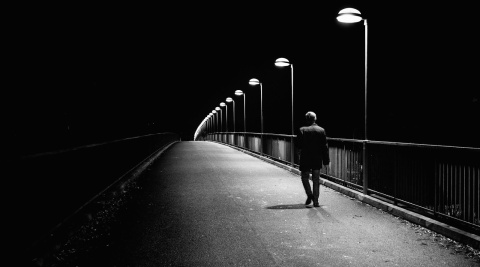 alone-at-night-girl-and-boy-image-1